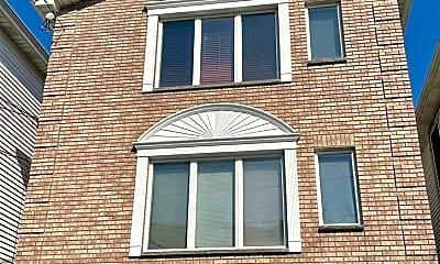 Building, 255 Terrace Ave 1, 2