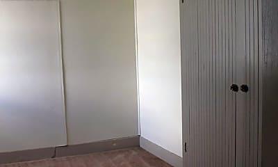 Bedroom, 314 N Pine St, 1
