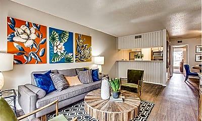 Living Room, 5326 Meadowcreek Dr, 0