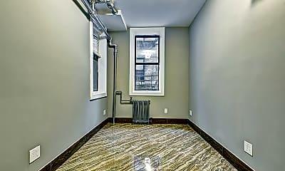 Living Room, 73 Thayer St, 1
