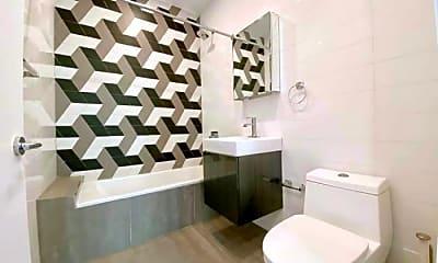 Bathroom, 2471 Fulton St, 2