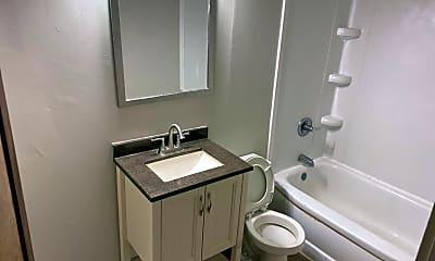 Bathroom, 2603 Holton Ave, 2