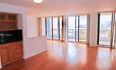 Living Room, 1717n N Bayshore Dr, 2