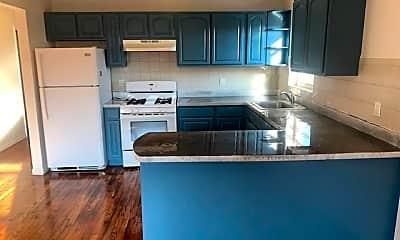 Kitchen, 3610 Paulding Ave, 0