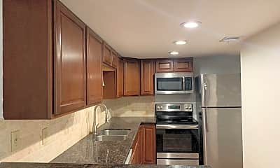 Kitchen, 8333 La Roche Ln, 0