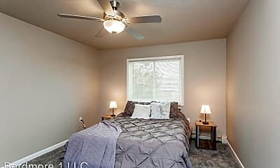 Bedroom, 1905 W 42nd St, 2