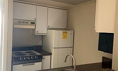 Kitchen, 5332 Russell Ave, 2