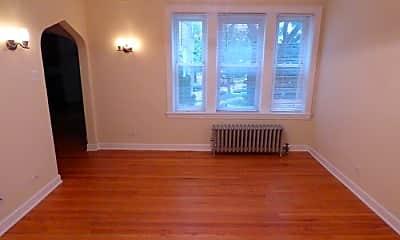 Living Room, 4450 W Gunnison St, 2