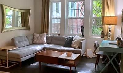 Living Room, 1800 Key Blvd, 0