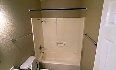 Bathroom, 310 Eastminister Ct D, 2