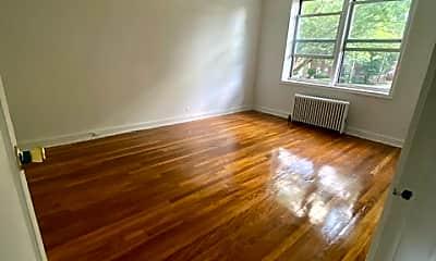 Living Room, 71 Virginia Rd 16F, 2
