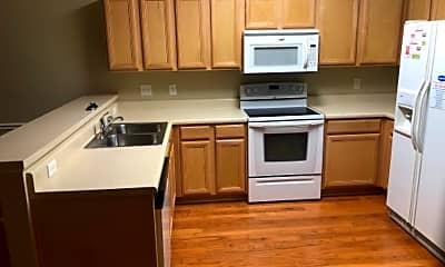 Kitchen, 132 Canton Ct, 2