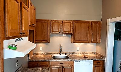 Kitchen, 1111 Green St, 0