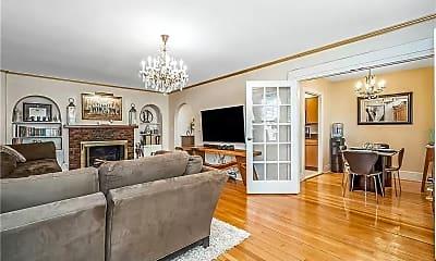 Living Room, 226 W Rittenhouse Square, 2