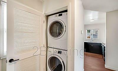 Bathroom, 4713 Fair Ave, 2