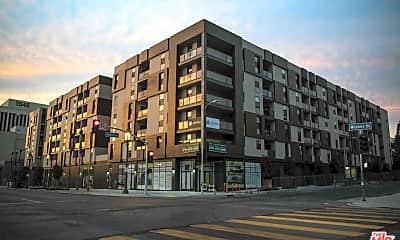 Building, 1515 Wilshire Blvd 502, 1