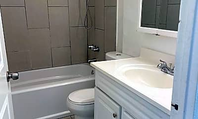 Bathroom, 1508 W Florence Ave, 1