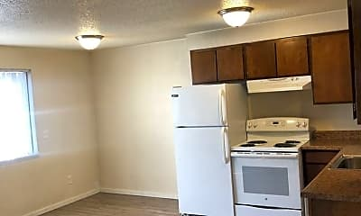 Kitchen, 503 N Emerson Ave, 1