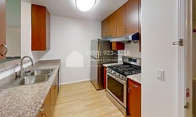 Kitchen, 989 Franklin Street 501, 1