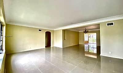 Living Room, 500 SW 6th St 1, 1