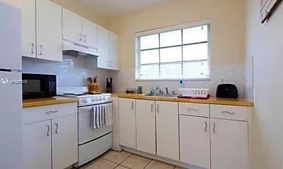 Kitchen, 833 10th St, 2