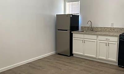 Kitchen, 1135 Dawson Ave, 1
