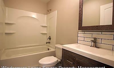 Bathroom, 1128 E 29th Ave, 1