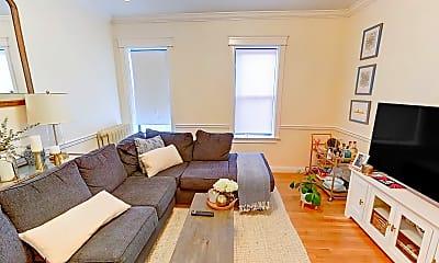 Living Room, 76 Quint Avenue, Unit 7, 1