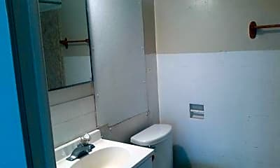 Bathroom, 124 N 24th St, 2