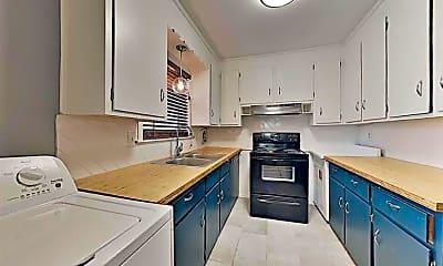 Kitchen, 1915 Morehead Ave 1, 0