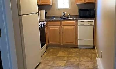 Kitchen, 5 Stonehenge Dr 243S, 2