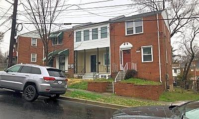 Building, 3482 23rd St SE, 2
