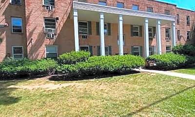 Building, 600 E Front St, 2