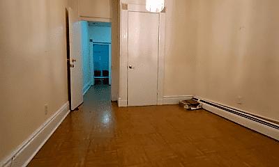 Bathroom, 524 Mercer St, 2