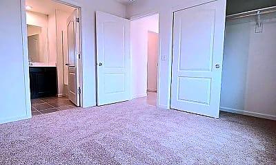 Bedroom, 16325 Ridgehaven Dr, 1