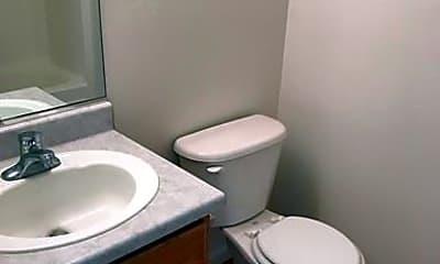 Bathroom, 675 Silver Lace Blvd, 2