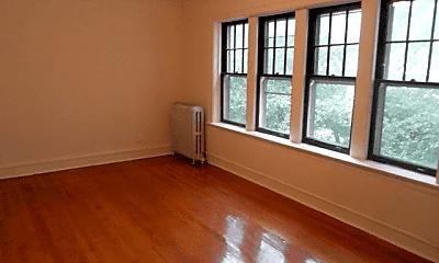 Living Room, 4917 N Damen Ave., 0