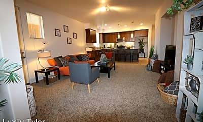 Living Room, 3901 Dawes St, 2