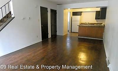 Building, 2905 W Ann St, 1