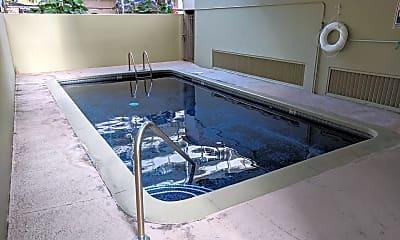 Pool, 440 Lewers St, 2