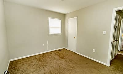 Bedroom, 326 Matthews St, 2