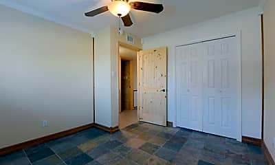 Bedroom, 1207 W Wall St 7, 2