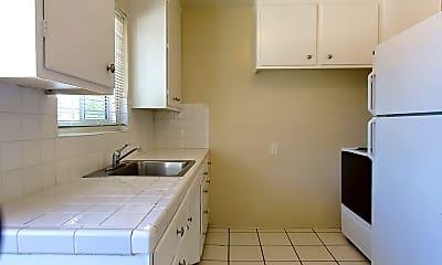 Kitchen, 860 Calhoun St, 1