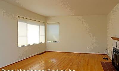 Living Room, 4157 SE Brooklyn St, 1