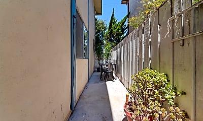 Patio / Deck, 431 Richmond Dr, 2