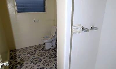 Bathroom, 98-82 Lokowai Pl, 1