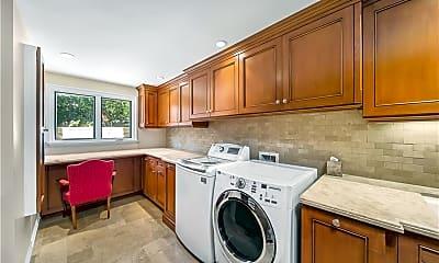 Kitchen, 822 Emerald Bay, 2