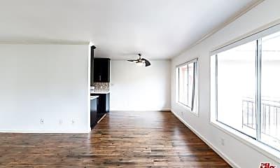 Living Room, 4009 Stevely Ave 16, 2