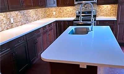 Kitchen, 624 6th Way, 2