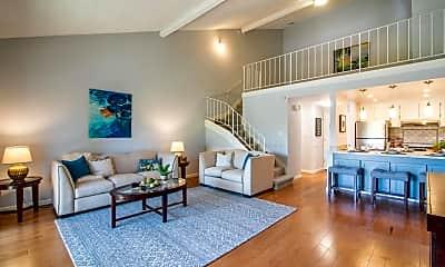 Living Room, 707 Fathom Dr 203, 0